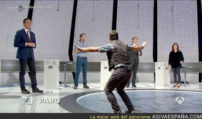 28143 - El de Jurassic Park ha tenido que intervenir #7DElDebateDecisivo