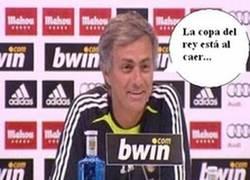 Enlace a Mourinho Facepalm