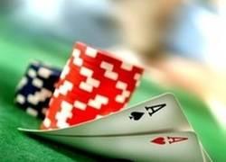 Enlace a Poker No Face