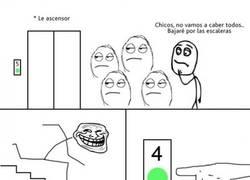 Enlace a Trolleando el ascensor