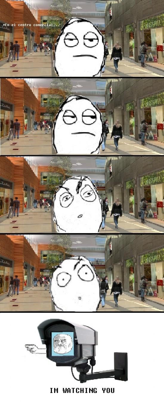 Im_watching_you - En el centro comercial