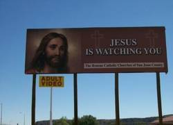 Enlace a Jesus is watching You