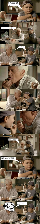 Trollface - Abuelo, ¿Qué haces con la abuela?