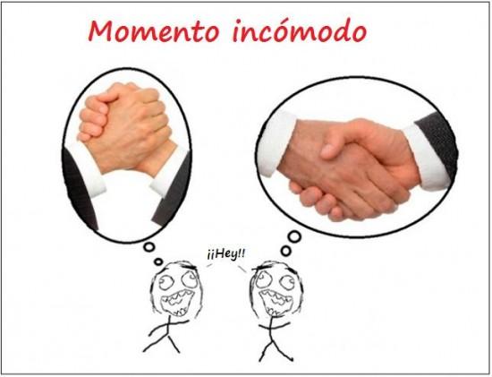 Otros - Momento incómodo al dar la mano
