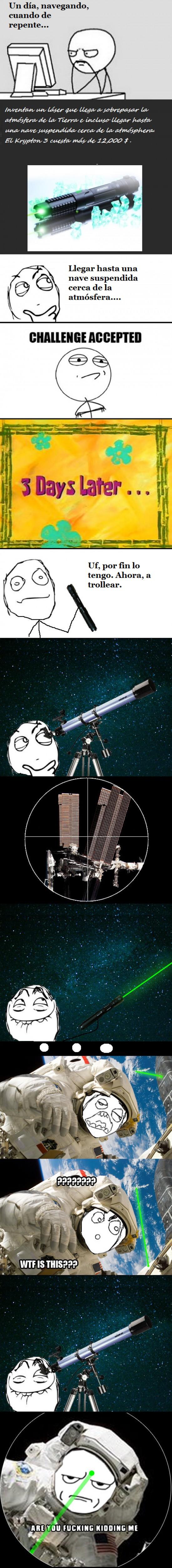 astronauta,espacio,laser,luz,nave,verde