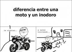 Enlace a Diferencias entre una moto y un inodoro