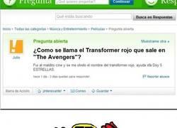 Enlace a Transformer rojo en the Avengers