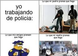 Enlace a Yo siendo policía
