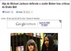 Enlace a Michael Jackson se revuelca  en su tumba.