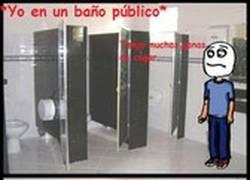 Enlace a Por eso nunca voy a los baños públicos