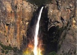 Enlace a Puke Waterfalls