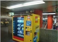 Enlace a Máquina expendedora de Lego