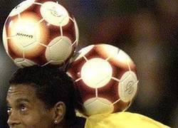 Enlace a Ronaldinho, please