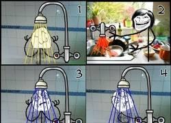 Enlace a Perfect troll-combo: lavar los platos mientras alguien se ducha