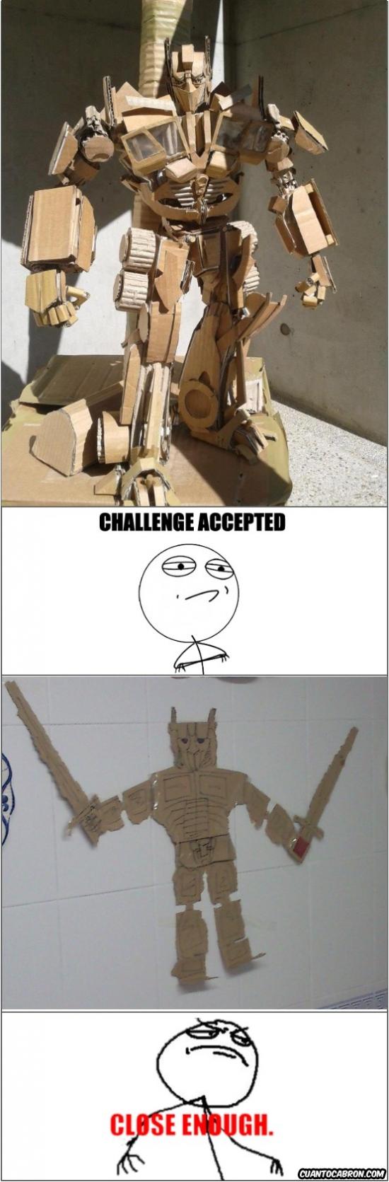 Challenge_accepted - Optimus prime de cartón