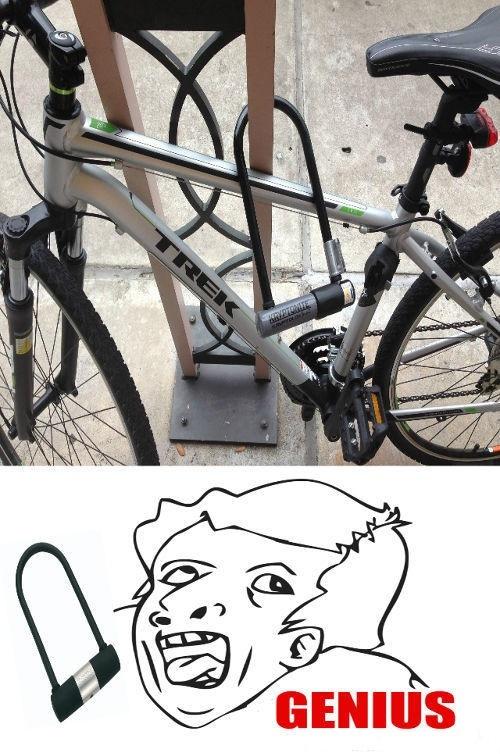 Otros - Ahora sí, la bicicleta está a salvo de todo peligro...