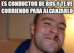 Enlace a Es conductor de bus y te ve corriendo para alcanzarlo