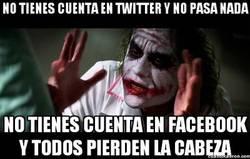 Enlace a Twitter sí pero Facebook no