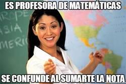 Enlace a Es profesora de matemáticas