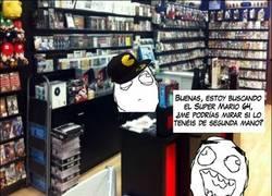Enlace a Dependientes de tiendas de videojuegos que van de gamers, pero sólo son gilipollas