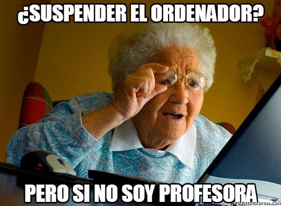 Abuela_sorprendida_internet - ¿Suspender el ordenador?