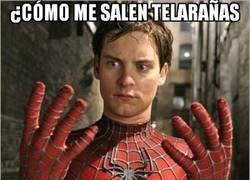 Enlace a Algo en el traje de Spiderman no encaja