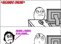 Enlace a Mientras tanto, yo jugando online