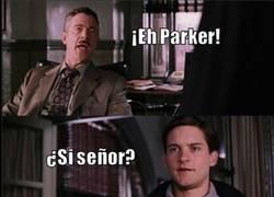 Enlace a Sí, Peter es realmente famoso