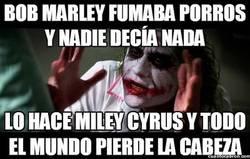 Enlace a Creo que es Miley Cyrus la que ha perdido la cabeza