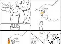 Enlace a [Tema de la semana] El riesgo de encender las velas del pastel