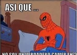 Enlace a Spiderman, todo un gamer
