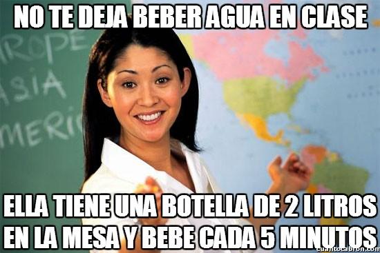 agua,beber,botella,clase,profesora