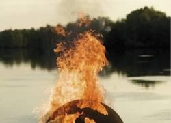 Enlace a Algunos hombres sólo quieren ver el mundo arder
