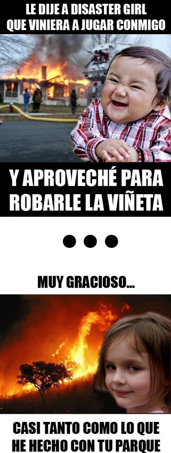 Nino_malvado - El Niño malvado le gasta una broma a Disaster Girl