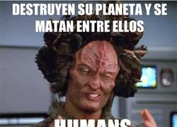 Enlace a I'm not saying it's humans but... humans