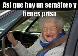 Enlace a Abuelas troll everywhere