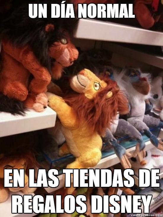 Meme_otros - Ah empleados de la tienda Disney, ya veo lo que habéis hecho aquí...