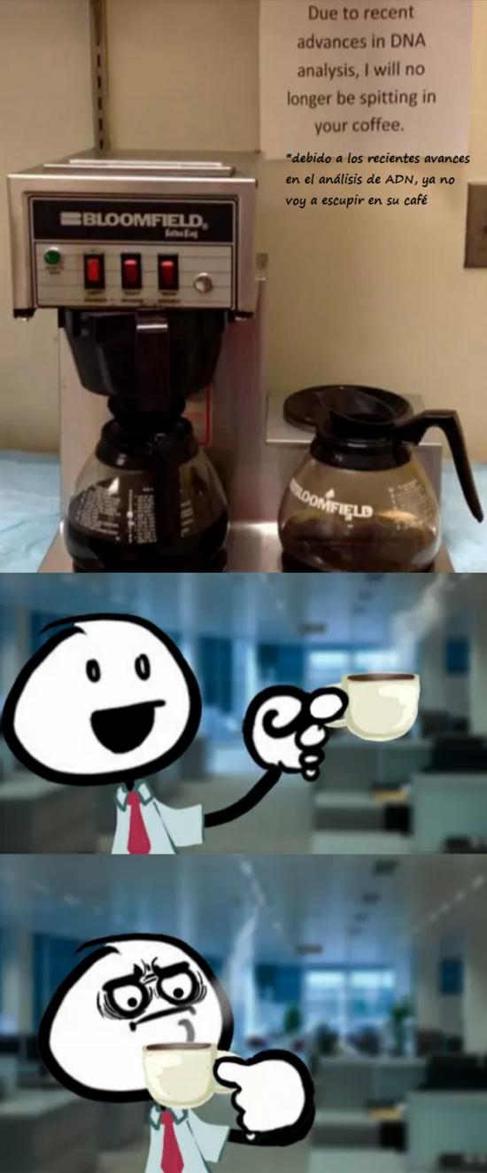 cafe,cafetera,empleado,escupir,mensaje,trabajo