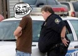 Enlace a El brazo gordo de la ley
