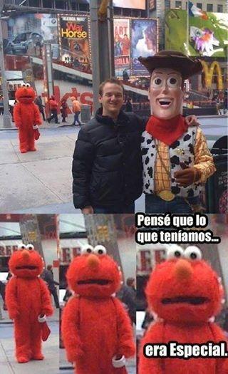 Meme_otros - Woody ha partido el corazón de Elmo