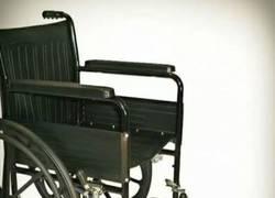 Enlace a Inventos troll presenta:¡Silla de ruedas a pedales!