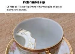 Enlace a La taza que soluciona los problemas de tomar té con bigote