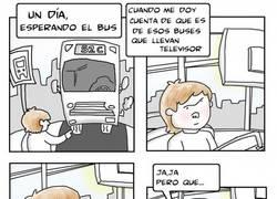 Enlace a El problema de tener tele en el autobús