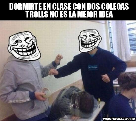 Trollface - Trolleando en clase