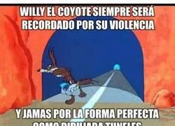 Enlace a El pobre Coyote pudo haber sido un gran artista de no ser por ese estúpido pajarraco
