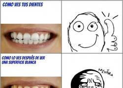 Enlace a ¿De qué color ves mis dientes?