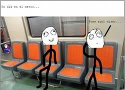 Enlace a ¿Dónde se debe sentar uno cuando se sube al tren?