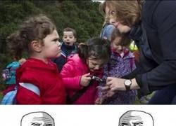 Enlace a Duelo de miradas, si es que a los niños no se les puede engañar