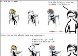 Enlace a La maestra troll a la que es mejor no preguntar nada