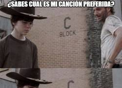 Enlace a The Walking Carl